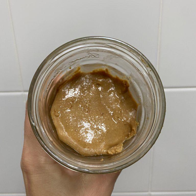 crema de cacahuetes casera
